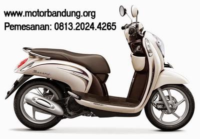 Honda Scoopy Chic Cream Dealer Bandung